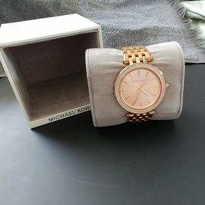 MICHAEL KORS ROSE watcn